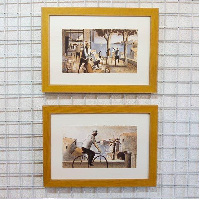 Estas dos #litografías de #didierlourenço de 27x16 cm de plancha con #marcoshechosamedida en chapa de #roble teñida de #amarillo Perfectos para #regalo #arte #artesanía #barcelona #fortpienc  #regalos