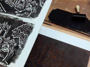 Últimas pruebas antes de estampar la #edición de este #grabado del #arcodetriunfo Mañana #santjordi2016 en el #paseosanjuan 88 #barcelona #fortpienc con #libros en blanco de #papelhechoamano para que cada uno escriba … ;-)#arte #artesanía #lectura #libros #cultura #creatividad