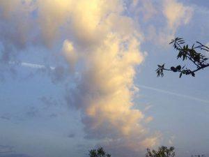 Nubes al amanecer