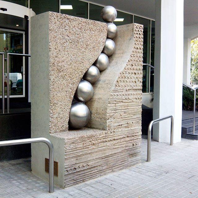 Escultura de Subirachs en Barcelona