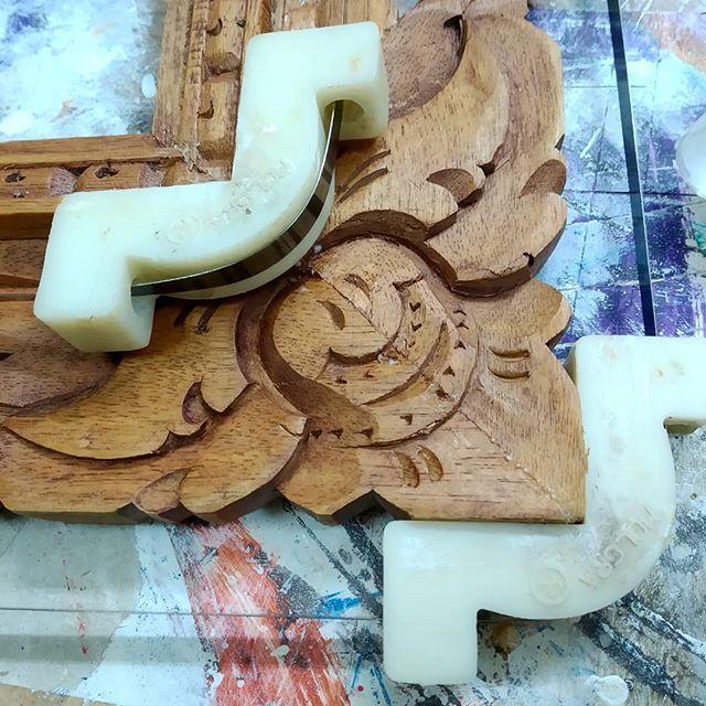 Arreglar un marco de talla roto - Esteve Enmarcadores