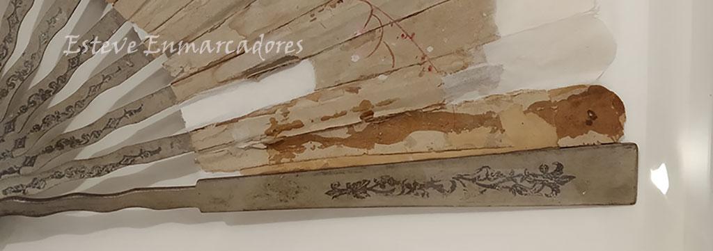 Varillas derecha del abanico enmarcado - Esteve Enmarcadores