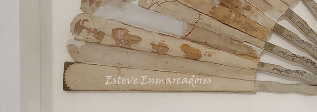 Varillas izquierda de abanico enmarcado - Esteve Enmarcadores