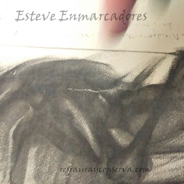 Dibujo al carboncillo con rasgadura - Esteve Enmarcadores